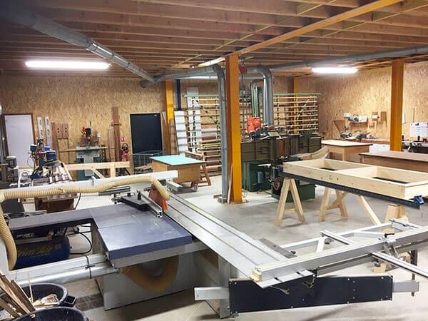 Atelier de fabrication de la menuiserie SN JMD à Saint Philbert de Grand Lieu 44310